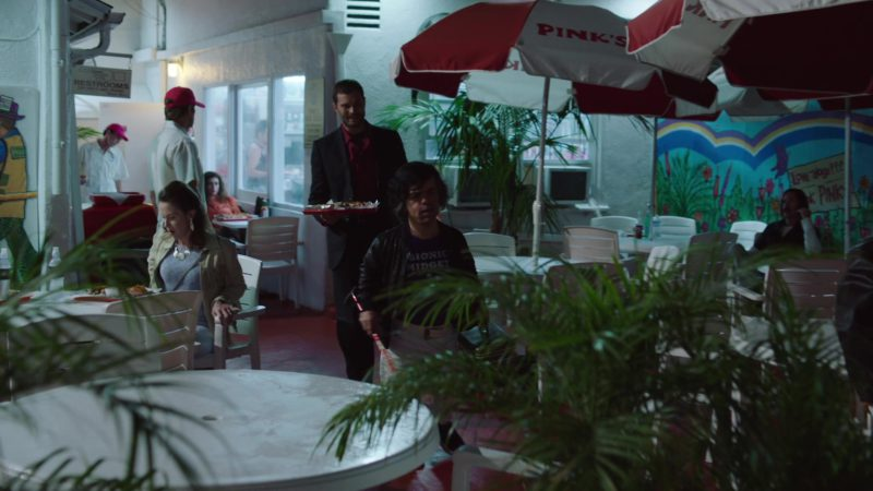 Pink's Hot Dogs Restaurant in My Dinner with Hervé (2018) - Movie Product Placement