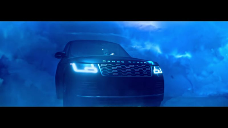 Range Rover Car in Taki Taki by DJ Snake ft. Selena Gomez, Ozuna, Cardi B (2018) Official Music Video Product Placement