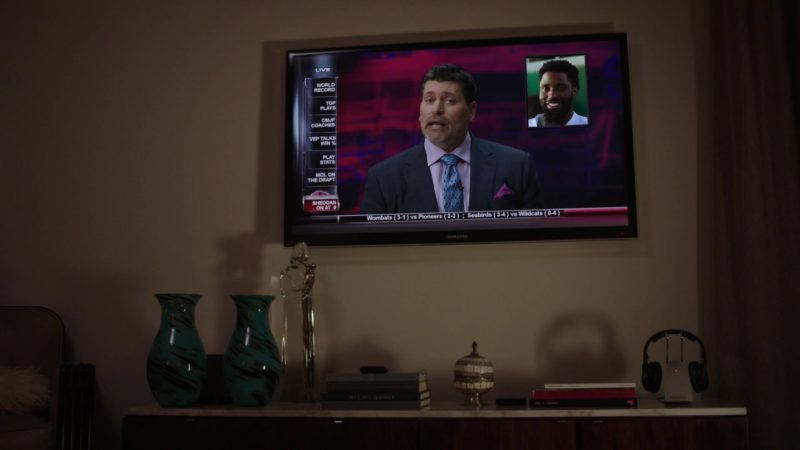"Samsung Flat TV in Ballers: Season 1, Episode 1, ""Pilot"" (2015) - TV Show Product Placement"