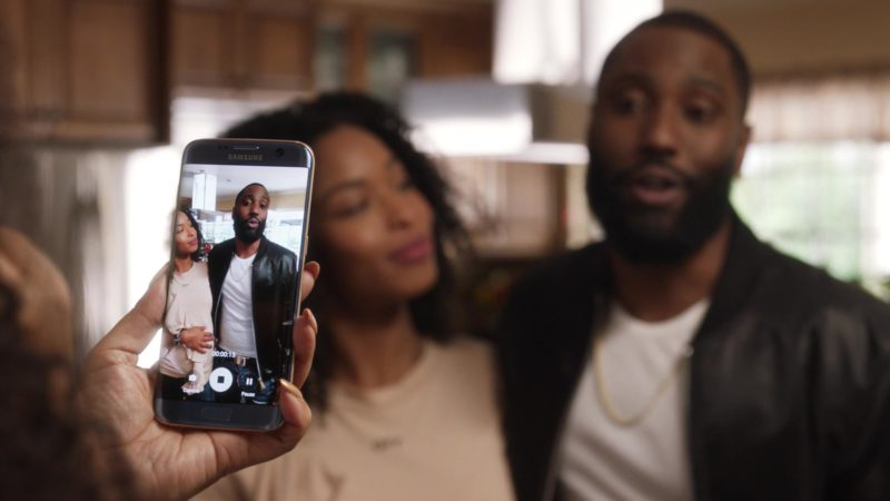 """Samsung Galaxy Smartphone Used by John David Washington (Ricky) in Ballers: Season 3, Episode 10, """"Yay Area"""" (2017) - TV Show Product Placement"""
