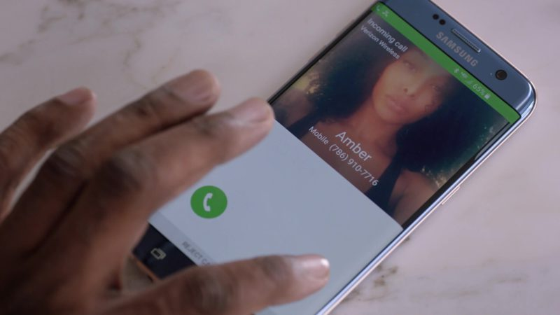 """Samsung Galaxy Smartphone x Verizon Wireless Used by John David Washington in Ballers: Season 3, Episode 3, """"In the Teeth"""" (2017) - TV Show Product Placement"""