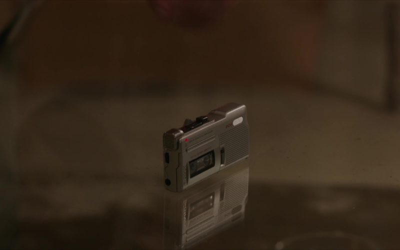 Sony M-560V Microcassette Voice Recorder Used by Jamie Dornan in My Dinner with Hervé (5)