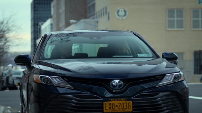 """Toyota Car in Daredevil: Season 3 Episode 6 """"The Devil You Know"""" (2018) - TV Show Product Placement"""