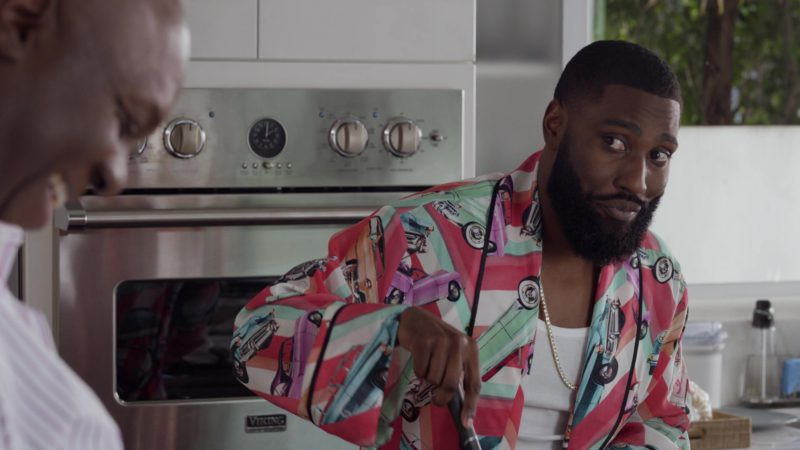 """Viking Range Oven Used by John David Washington (Ricky) in Ballers: Season 3, Episode 4, """"Ride and Die"""" (2017) - TV Show Product Placement"""