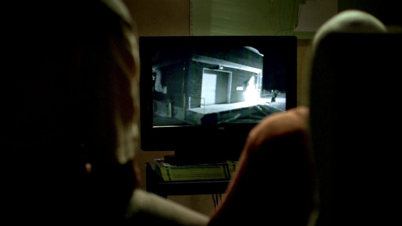 AOC TV in Breaking Bad Season 2 Episode 1: Seven Thirty-Seven (2009) TV Show Product Placement