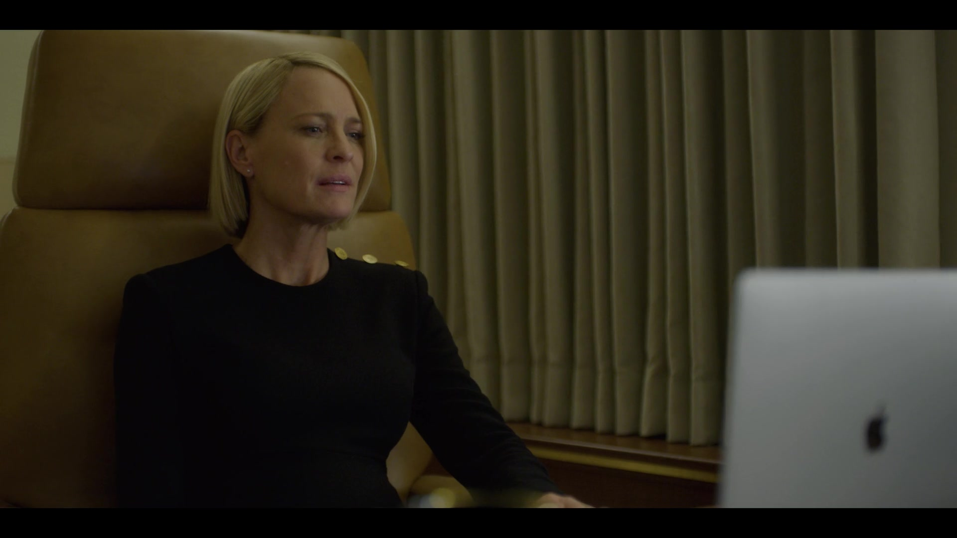 Apple Macbook Pro 15 Laptop Used By Robin Wright Claire Underwood