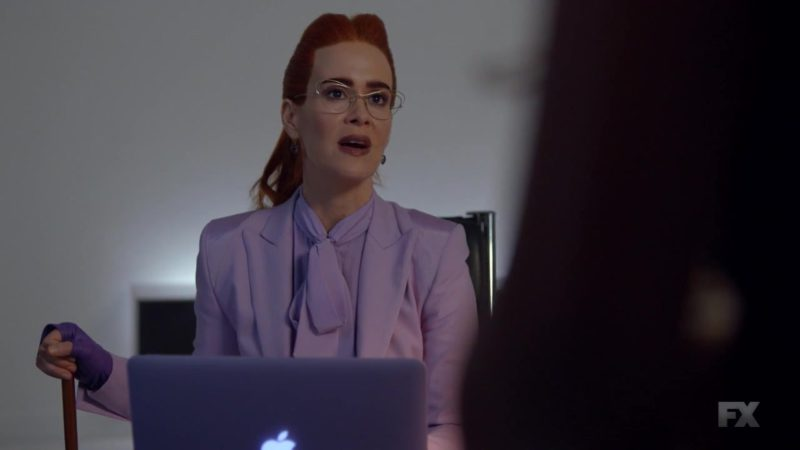 "Apple MacBook Pro Laptop Used by Sarah Paulson in American Horror Story: Season 8, Episode 8 ""Sojourn"" (2018) - TV Show Product Placement"