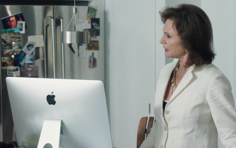 Apple iMac Computer Used by Jacqueline Bisset in Blue Night (2)