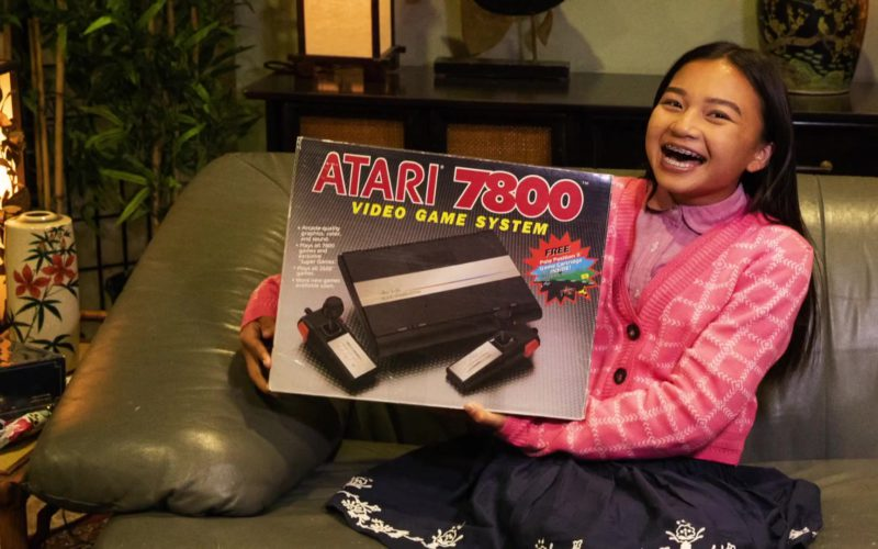 Atari 7800 Video Game Console in Young Sheldon Season 2 Episode 8