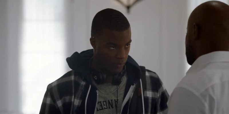 Beats Headphones Used by Daniel Ezra in All American Season 1 Episode 4: Lose Yourself (2018) TV Show Product Placement