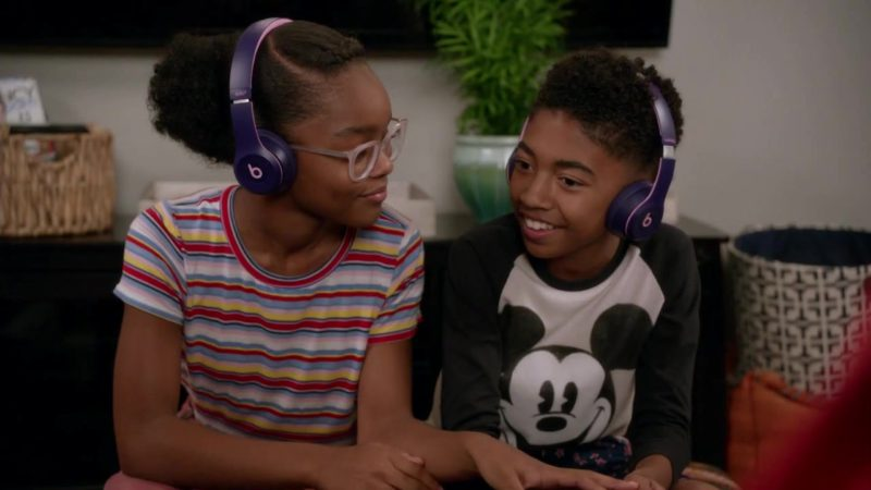 Beats Headphones in Black-ish Season 5 Episode 4: Purple Rain (2018) - TV Show Product Placement