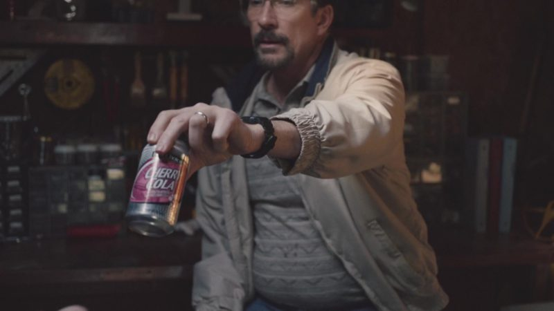 Best Choice Cherry Cola in The Clovehitch Killer (2018) Movie Product Placement