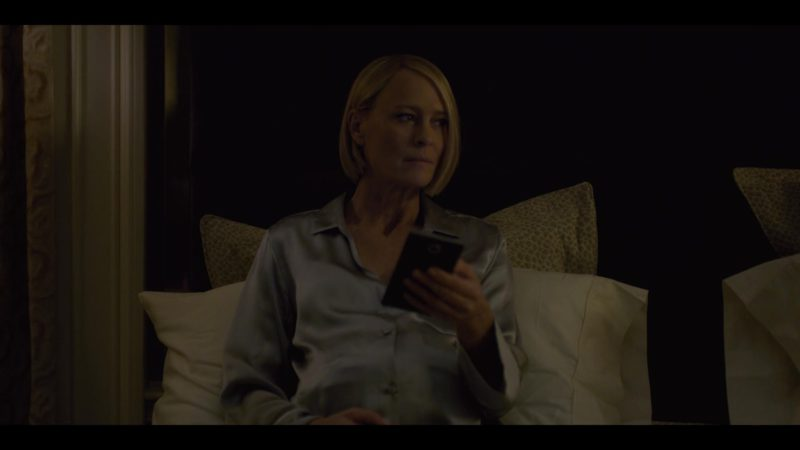 Blackberry Smartphone Used by Robin Wright (Claire Underwood) in House of Cards Season 6 Episode 8 Chapter 73 (2018) - TV Show Product Placement