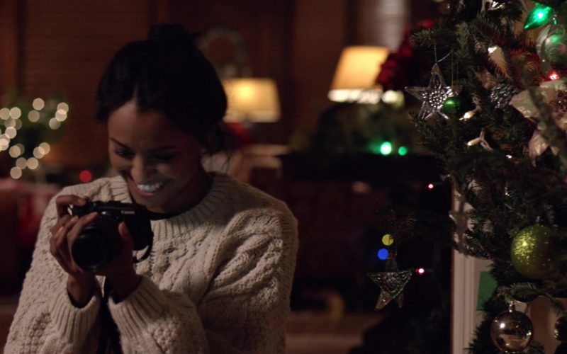 Canon Photography Camera Used by Kat Graham in The Holiday Calendar (1)