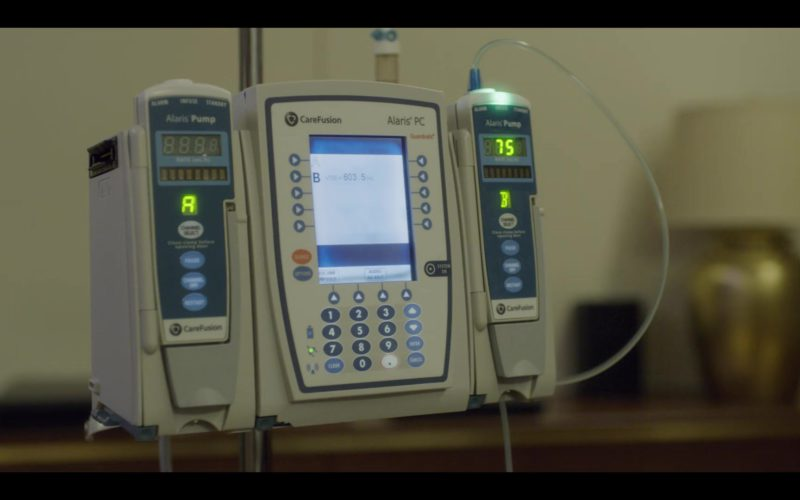 CareFusion Alaris PC Pump in House of Cards Season 6 Episode 7 Chapter 72 (1)