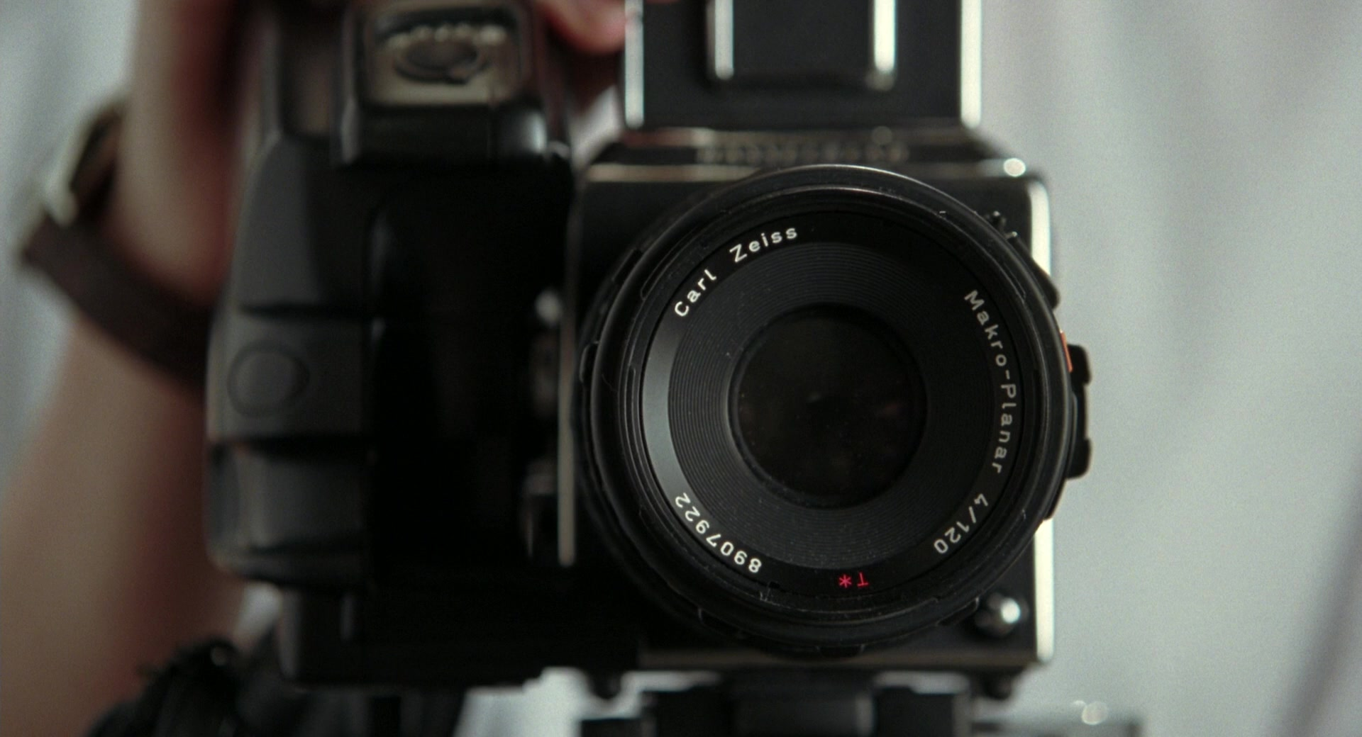 carl zeiss camera used by julia roberts in closer 2004 movie