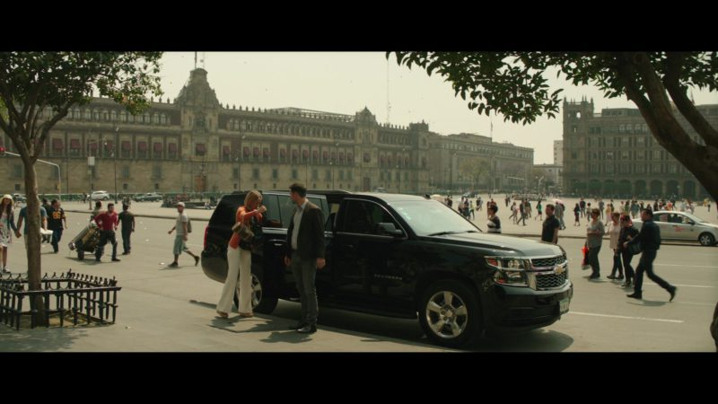 Chevrolet Suburban SUV in The Romanoffs Season 1 Episode 6: Panorama (2018) - TV Show Product Placement