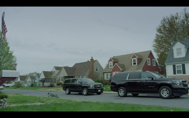 Chevrolet Suburban Sport Utility Vehicles in House of Cards Season 6 Episode 2 Chapter 67 (1)