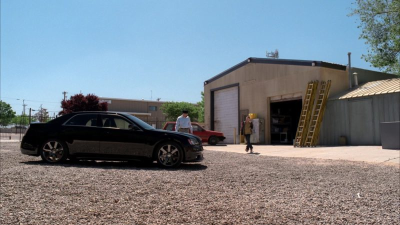 Chrysler 300 SRT-8 Car Used by Bryan Cranston (Walter White) in Breaking Bad Season 5 Episode 4: Fifty-One (2012) - TV Show Product Placement