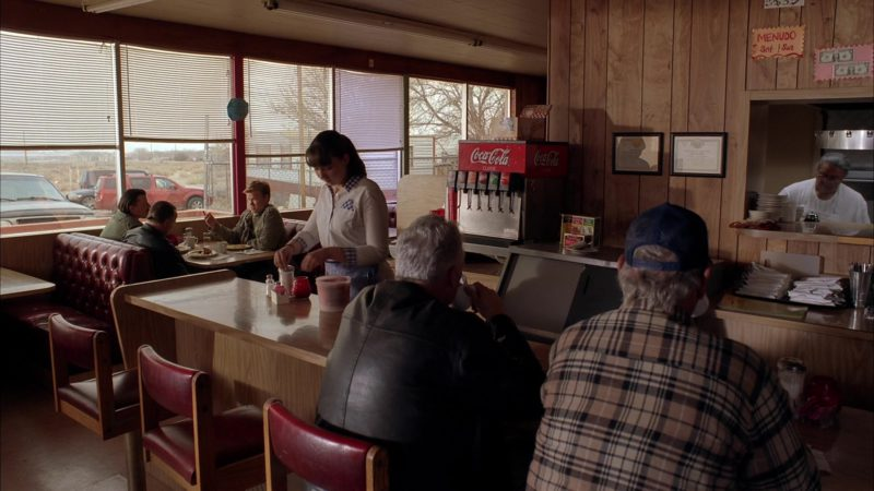 """Coca-Cola in Breaking Bad Season 5 Episode 11 """"Confessions"""" (2012) TV Show Product Placement"""