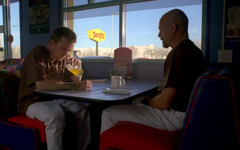 Denny's Restaurant in Breaking Bad Season 4 Episode 1 (1)