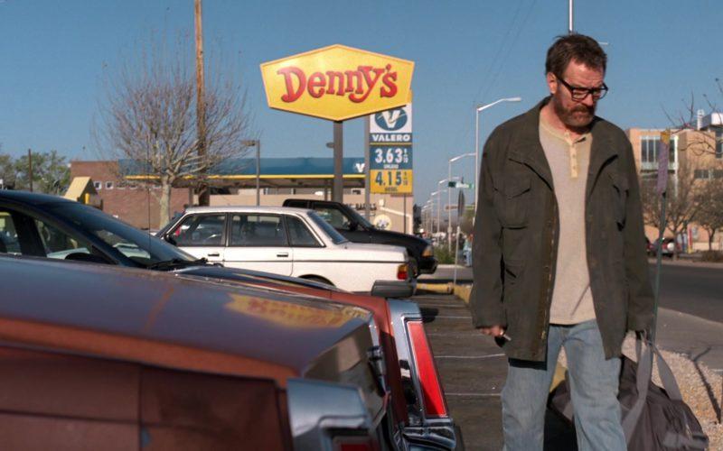 Denny's Restaurant in Breaking Bad Season 5 Episode 1 (4)