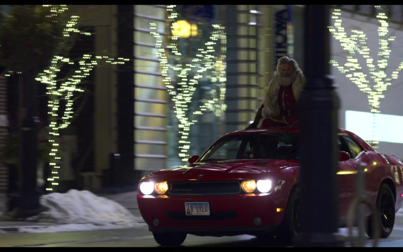 Dodge Challenger Car in The Christmas Chronicles (5)