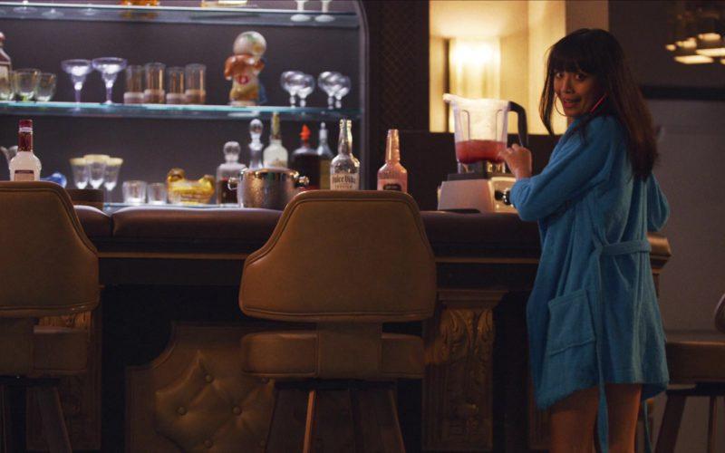 Dulce Vida Tequila in The Happytime Murders (1)