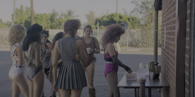 "Dunkin' Donuts in Glow Season 2 Episode 1 ""Viking Funeral"" (2018) - TV Show Product Placement"