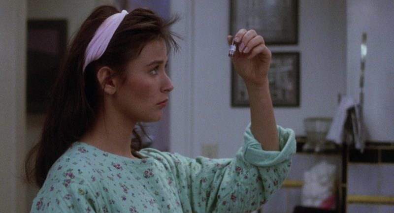 EPT Pregnancy Test Used by Demi Moore in About Last Night… (1986) - Movie Product Placement