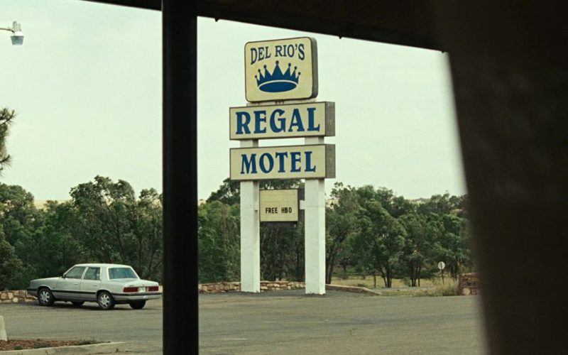 FREE HBO on sign of motel in No Country for Old Men (1)
