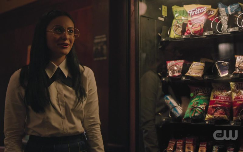 Fritos Potato Chips, Cheese Flavored Snacks and Chester's Fries in Riverdale Season 3, Episode 4 (1)
