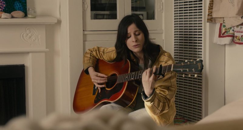 """Gibson Guitar Used by Sasha Spielberg in """"In A Relationship"""" (2018) Movie Product Placement"""