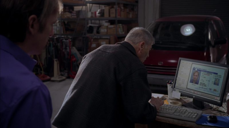 """HP Monitors in Breaking Bad Season 5 Episode 15 """"Granite State"""" (2012) - TV Show Product Placement"""