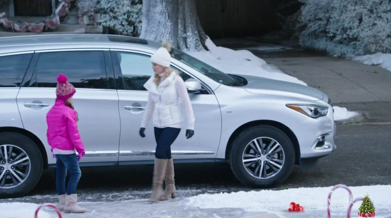 Infiniti QX60 Crossover Car Used by Kellie Pickler in Christmas at Graceland (2018) Movie