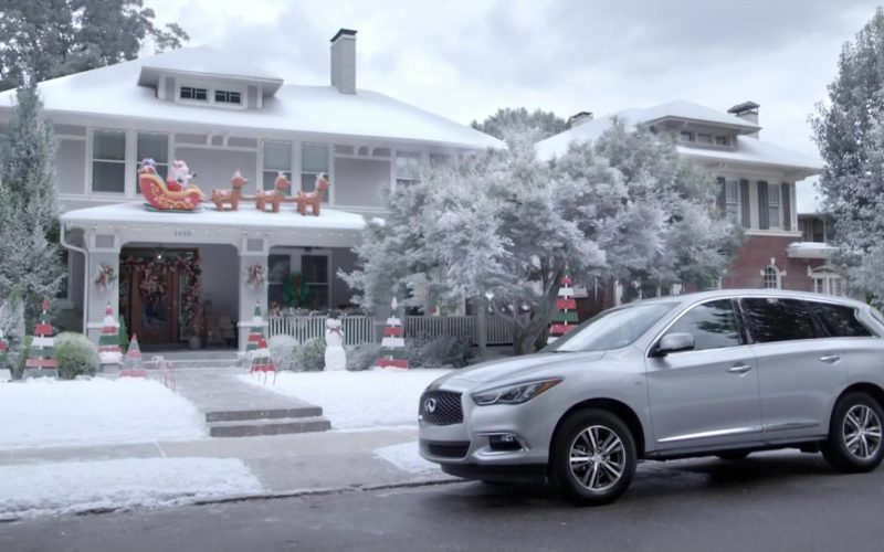Infiniti QX60 Crossover Car Used by Kellie Pickler in Christmas at Graceland (9)
