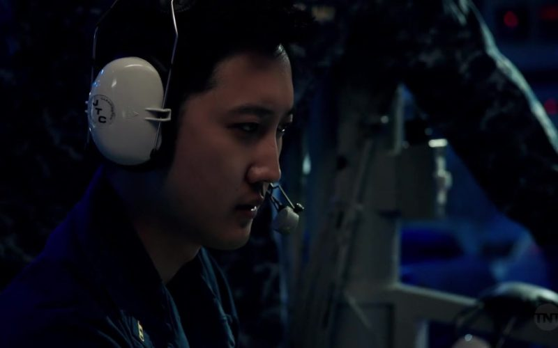 JTC Headsets In The Last Ship Season 5 Episode 9 (5)