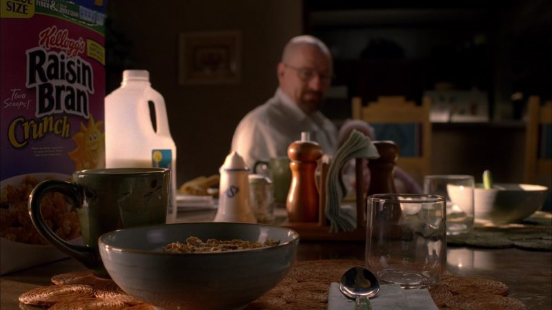 Kellogg's Raisin Bran Cereal in Breaking Bad Season 5 Episode 2: Madrigal (2012) TV Show Product Placement