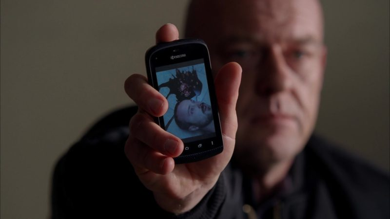 """Kyocera Mobile Phone Used by Dean Norris (Hank Schrader) in Breaking Bad Season 5 Episode 13 """"To'hajiilee"""" (2012) - TV Show Product Placement"""