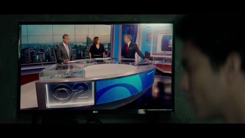 LG TV and CBS 2 Television Channel in Tell Me A Story: Season 1, Episode 1 (2018) - TV Show Product Placement