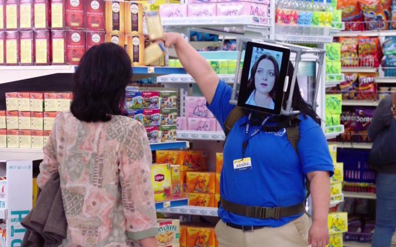 Lipton Tea in Superstore Season 4 Episode 6