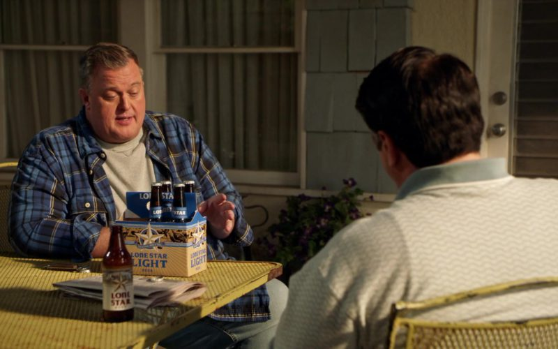 Lone Star Light Beer Bottles in Young Sheldon Season 2 Episode 8 (3)