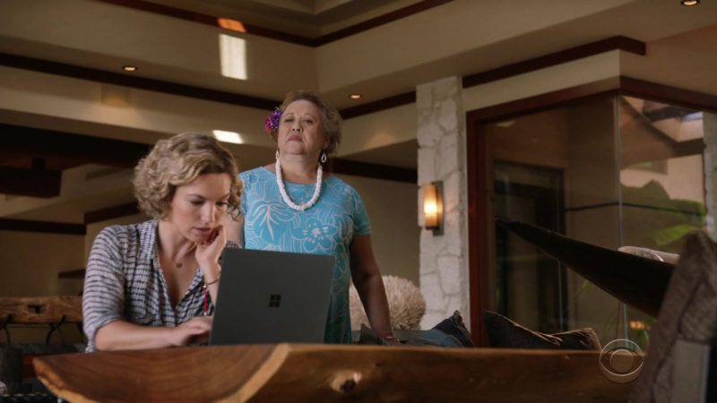 "Microsoft Laptop Used by Perdita Weeks (Juliett Higgins) in Magnum P.I.: Season 1, Episode 7 ""The Cat Who Cried Wolf"" (2018) TV Show Product Placement"