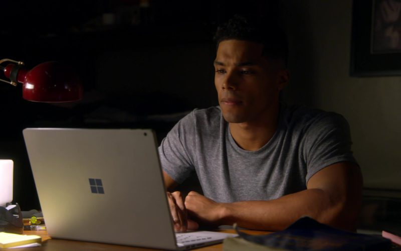 Microsoft Surface Laptop Used by Rome Flynn in How to Get Away with Murder (1)