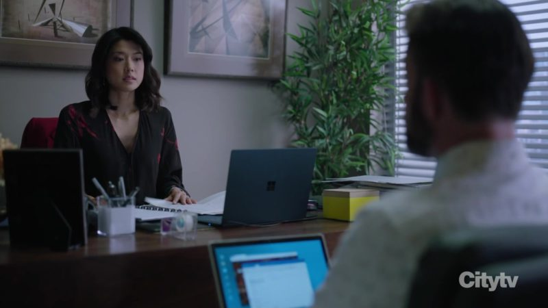 """Microsoft Surface Notebook Used by Grace Park in A Million Little Things Season 1 Episode 7 """"I Dare You"""" (2018) - TV Show Product Placement"""