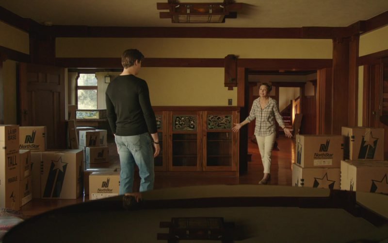 NorthStar Moving Company Boxes in The Romanoffs (2)