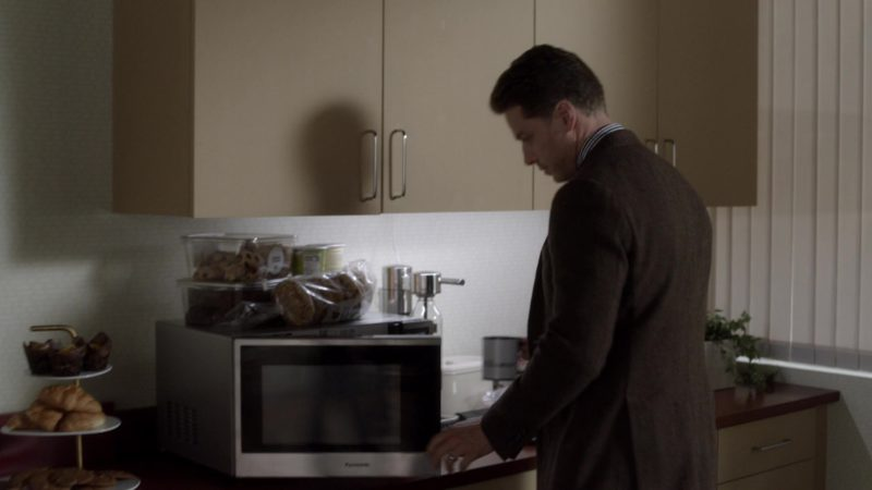Panasonic Microwave Oven in Manifest Season 1 Episode 7: S.N.A.F.U. (2018) TV Show Product Placement