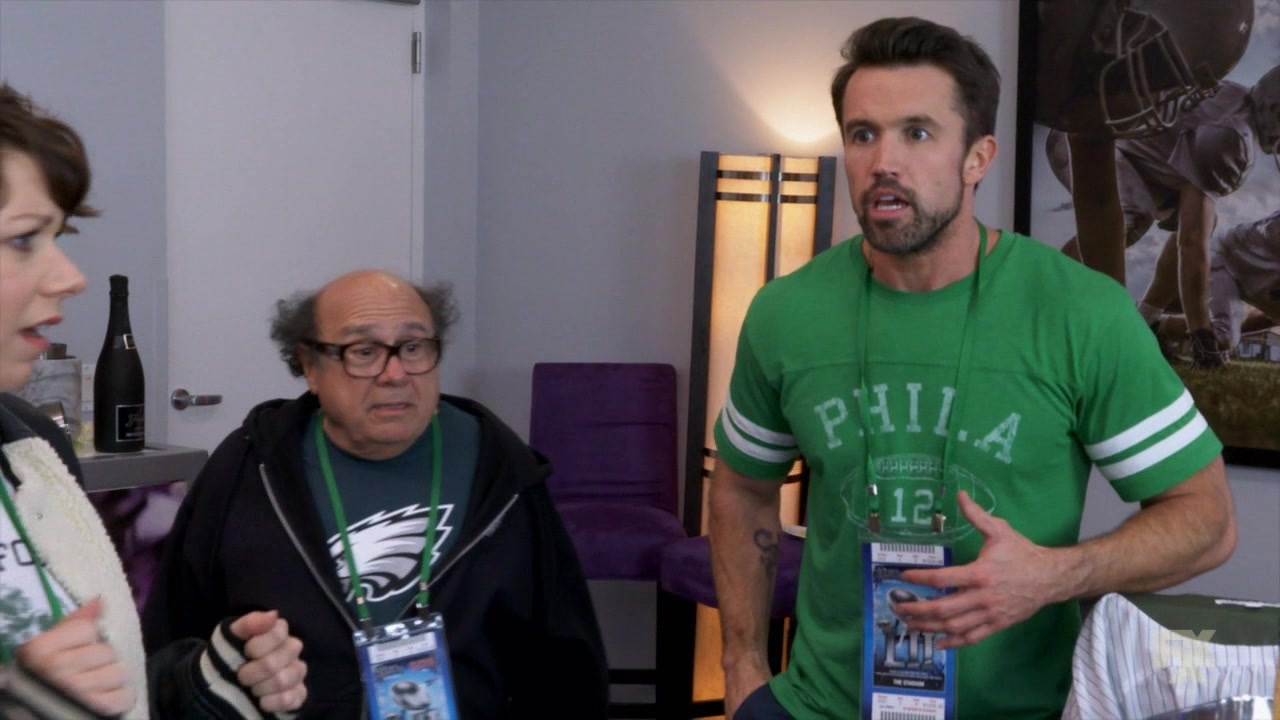 Philadelphia Eagles Clothes In It S Always Sunny In Philadelphia Season 13 Episode 9 The Gang Wins The Big Game 2018