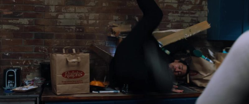 Ralphs Supermarket Paper Bags in Venom (2018) - Movie Product Placement