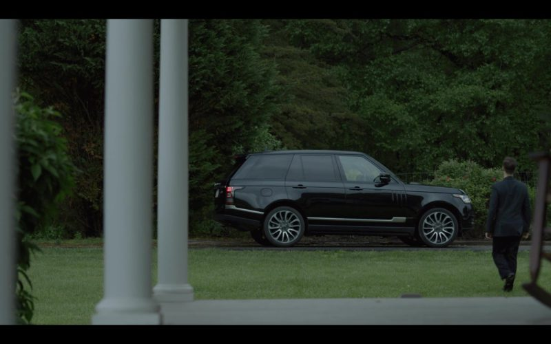 Range Rover Vogue Car in House of Cards Season 6 Episode 8 Chapter 73 (2)